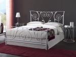 Ковани спални по поръчка луксозни